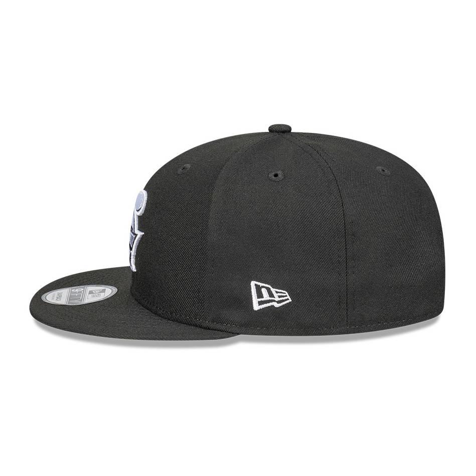 New Era Black White Cap2